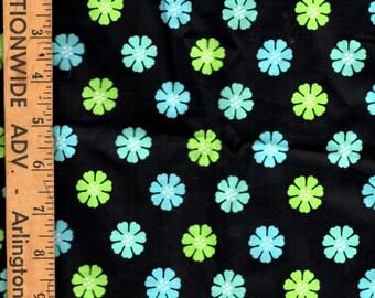 Fabric Cotton Blend Quilting Crafting Sewing Fabric Daisy Print Black Green Blue 1/2 Yard Half