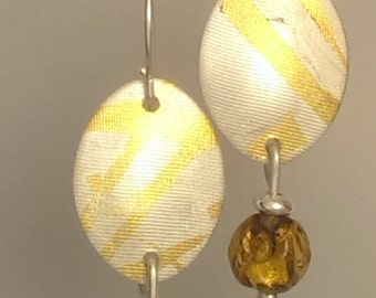 Vintage Japanese beads and Kheum-boo silver earrings - Golden
