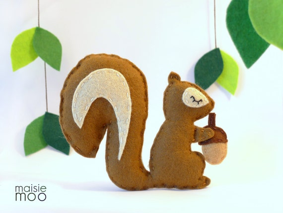 Felt Squirrel -  PDF Pattern - Use for baby mobile, ornaments, garlands, party favours, cake topper