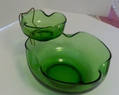 Anchor Hocking Accent Modern 3 pc Chip & Dip Green Glass Bowls w/ Metal Rack