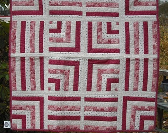 Lap Quilt Wall Hanging Tapestry Baby Crib Patchwork Quilted Fabric Lined Cotton Red White Cream Country Picnic Decor Cover Blanket