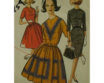 "60s Fitted Bodice Dress, Straight or Full Skirt, Jewel Neck, Cut-on Sleeves, Border Print, McCalls No. 7406 Size 14, Bust 34"" 87cm"