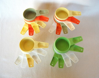 Choice of Vintage Tupperware Measuring Cups in Married Mod Colors Complete set of 6