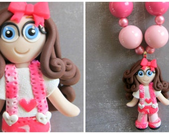 Pink camouflage chunky necklace for girls, polymer clay pendant, gift for girls birthday