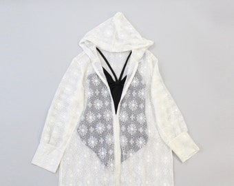 VINTAGE 1960s White Daisy Lace Cover Up Hooded Medium