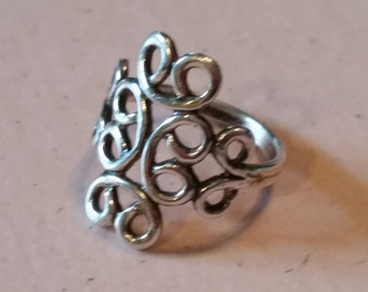 Vintage Swirly Sterling Silver Ring 1990s Ladies Accessory Feminine Size 6