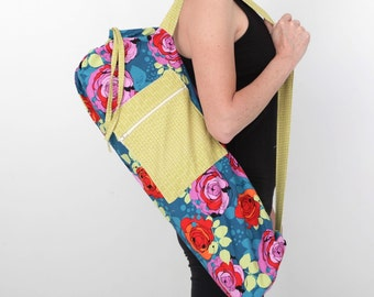 Yoga Mat Bag in Roses on Turquoise with a Zipper Pocket