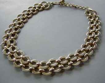 """Gold Tone Choker Necklace Double Omega O - adjustable to 17"""""""