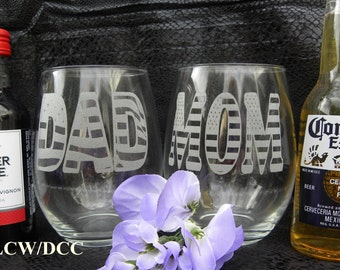 Mom Dad Patriotic 4th of July Father's Day Mother's Day Anniversary Wine Stemless Glass Wedding Bride Groom Veterans 16+ ounces Set of 2