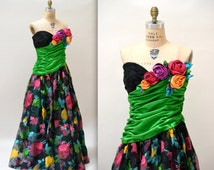 90s Vintage Strapless Ball Gown Size Large by Eugene Alexander// Vintage Party Dress Evening Gown with Flowers size Large Designer