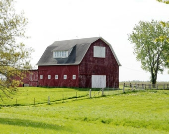 RED BARN PHOTOGRAPH - Digital Download Fine Art Photo for Home Decor, Transfer, Digital Collage and More