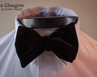 The Glasgow - Our big bow tie in black velvet
