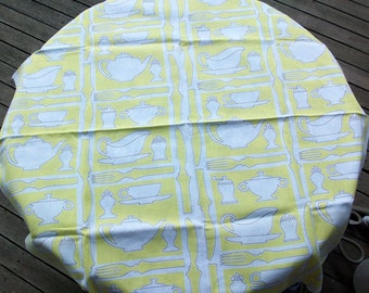 Cute Vintage Yellow and White Small Table Cloth Kitchen Items Camper Kitsch