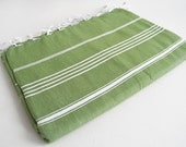 Shipping with FedEx - Classic - Picnic blanket, Sofa throw, Beach blanket, Tablecloth, Bedcover - Bathstyle - Green