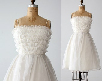 FREE SHIP  vintage 60s Saks Fifth Avenue white wedding dress