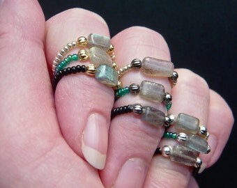Gemstone Stacking Ring, Midi Ring, Stretch Ring, Thumb Ring, Labradorite Ring, Adjustable Toe Ring, Boho Ring, Big Toe Ring, Beaded Ring