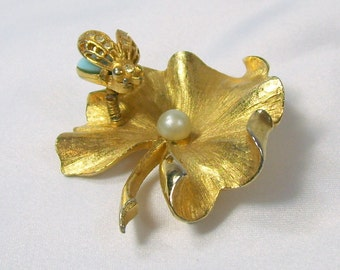 Vintage ART Trembler Brooch Gold Tone Leaf with Turquoise Rhinestone Fly Faux Pearl