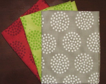 LAST ONE Bobbins and Bits Fat Quarter Bundle of 3 by Pat Sloan for Moda