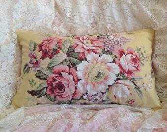 Vintage RALPH LAUREN pillow cover with ROMANTIC flowers