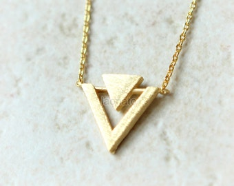 Geometric Necklace in Triangles / arrows necklace, gold, silver, pink gold