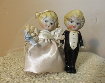 Bridal Cake Topper - Vintage 1920s, Porcelain Bisque, Japan, Bridal Accessory, Rehearsal Dinner, Bridal Shower, Collectible, Gift Idea