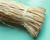 NATURAL RAFFIA 1oz /// 25 gram