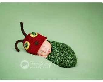 Hungry Caterpillar Cocoon set Newborn size Knit perfect for photo prop boy or girl FREE SHIPPING
