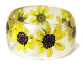 Bracelet -Yellow Flower Bracelet- Yellow Bangle- Yellow Bracelet- Resin Jewelry- Yellow Resin Jewelry- Flower Bangle- Yellow Resin Bracelet