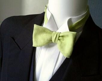 Green Bow Tie - light apple green linen - freestyle bowtie, adjustable - just for men - Maker of  mens bowties