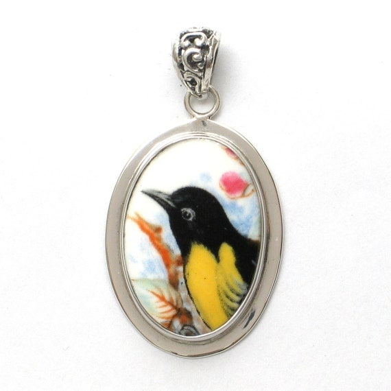 Broken China Jewelry Oriole Bird Left Facing Sterling Oval Pendant