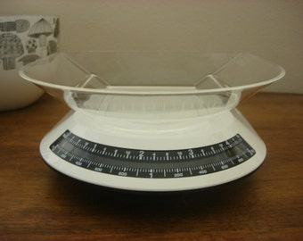 Vintage Guzzini Lady B Kitchen Scale Mod White 1980s Unused New in Box