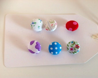 Mixed ditsy fabric covered button pack