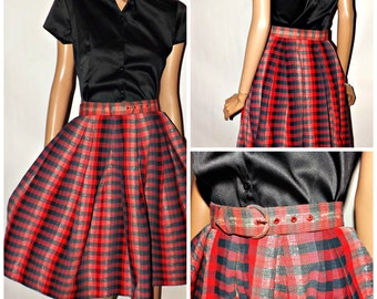 Vintage Skirts are IN. Cute 1950s Full Skirt. Matching Belt. Red Plaid. Small