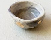 small footed pinch pot Grey Swirl