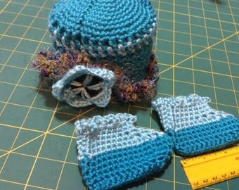 Waldorf doll clothes, crocheted hat, shoes/booties
