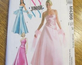 DESIGNER Asymmetrical One Shoulder EVENING Gown - Junior's Sizes - UNCUT Sewing Pattern McCalls 4366