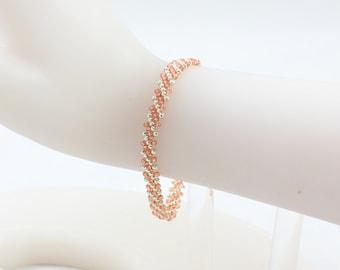 Beaded Bracelet - Layering Bracelet - Peach Chain Bracelet - Beadwork Jewelry - Seed Bead Bracelet - Friendship Bracelet