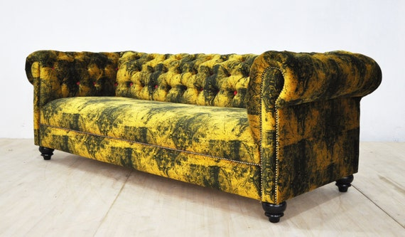 Chesterfield sofa gothic