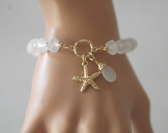 SALE - Star Fish Bracelet, Stretch Bracelet, White Charm bracelet, Star Fish and white beads bracelet, Gift for her