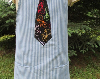 Mens chefs apron striped shirting, lined, with applique necktie