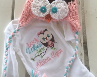 Baby girl gift set crochet owl hat and personalized announcement bodysuit