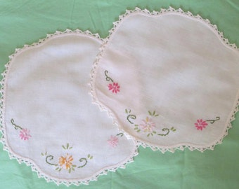 Hand Embroidered Vintage Linen Pieces,Dainty Crochet Edging, Pink, Marigold, Raspberry,Green Stitches, Beautiful Stitches,Vintage Embroidery