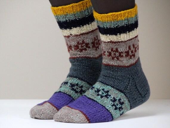 Hand knit wool socks, size - small to medium US W 7.5, EU 38