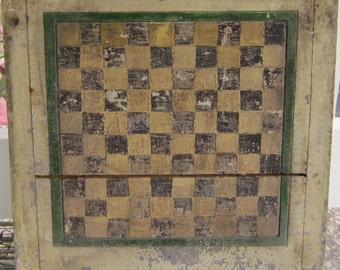 Antique Gameboard White and black with green border