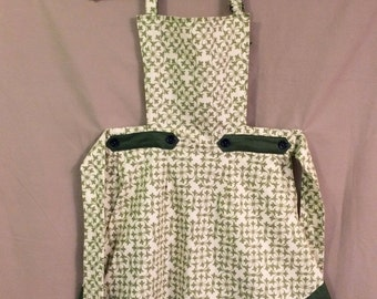 SALE Green Print Apron
