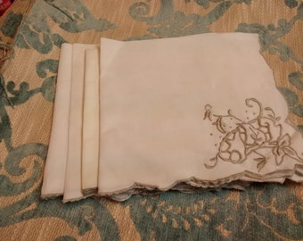 Art Deco Dinner Napkins , Wedding , Silver , Gray , Scalloped Embroidered