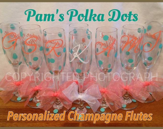 Personalized WEDDING CHAMPAGNE FLUTES Bride Bridesmaid with Initial, Bridal Party Role & Polka Dots