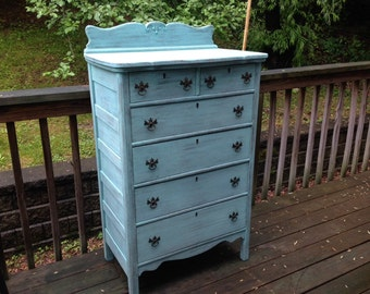 SOLD ** Chic and Shabby Beachy Aqua Dresser / Chest of Drawers