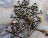Crâne de laiton & Crossbones charme