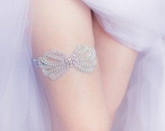 Wedding Garter Belt- Bow rhinestones, pearls, rhinestone garter belt, Bride lingerie, gift for bride, bachelorette party, bridal shower